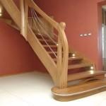 Jakie schody będą stanowiły najlepszy wybór – postawić na betonowe, a może rozważyć drewniane?